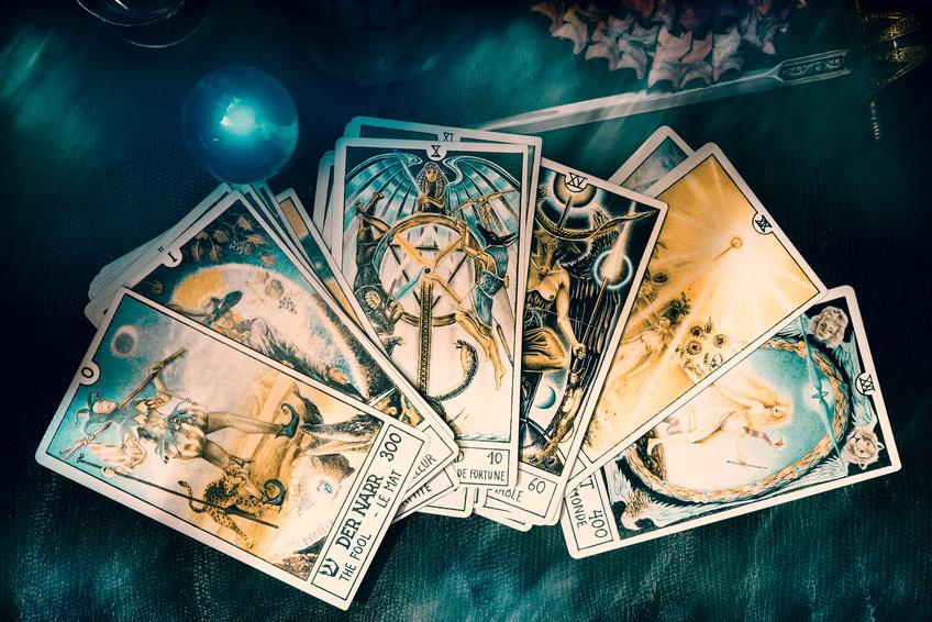 12 Tipps für das Lernen von Tarot Karten